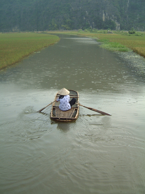 Sampan in the Rain 1