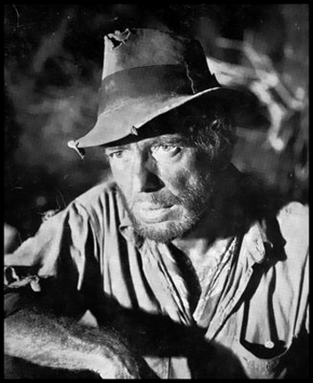 Bogart_013_as_Fred_C_Dobbs
