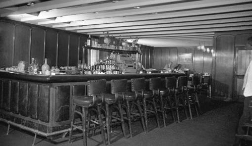 Photo-chicago-the-cart-restaurant-harrison-and-wabash-bar-interior-1959
