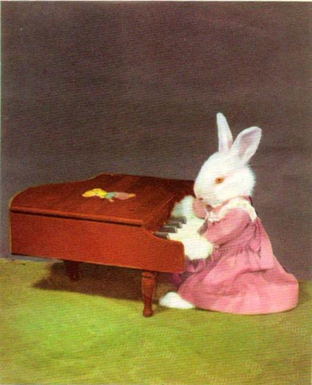 Bunny_piano